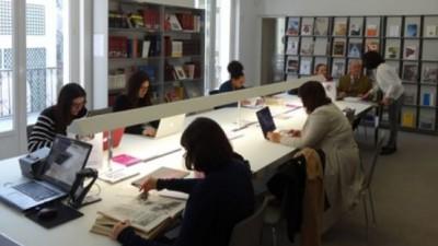 Sala de leitura da Biblioteca Gulbenkian à Paris