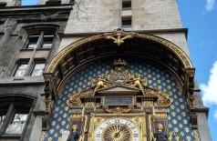 O Relógio da torre do palácio