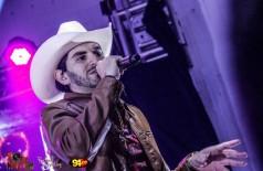 Confira as fotos do Show com o cantor Loubet no Palo Santo