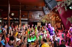Show com o cantor Rominho na Mills Pub