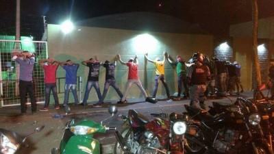 Mais de quatro mil pessoas foram abordadas pelas autoridades durante operação policial em Dourados (Foto: Divulgação/PM)
