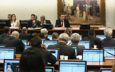 CCJ durante reunião para discutir segunda denúncia contra Michel Temer nesta terça-feira (10) (Antonio Cruz/Agência Brasil - 10.10.17)