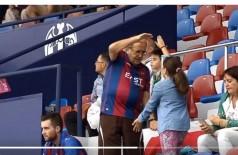 O vovô mais animado do Campeonato Espanhol que viralizou e alegrou as redes sociais (Foto: reprodução)