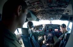 Buscas continuam. Pilotos dos EUA procuram submarino desaparecido  ---- Foto: HANDOUT / REUTERS