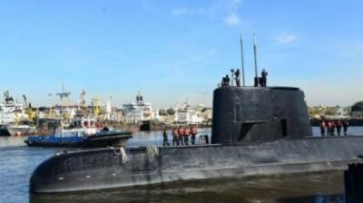 O submarino ARA San Juan atracado em Buenos Aires em 2014 - ARGENTINE NAVY/AFP