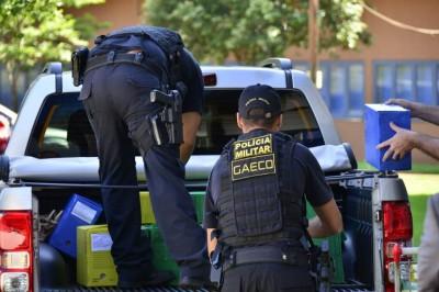 Equipes do Gaeco cumpriram mandados de busca e apreensão na Prefeitura de Dourados (Foto: Eliel Oliveira)