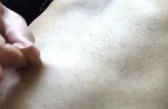O umbigo de Mark atrai muitos fetichistas -  Foto: Reprodução da internet