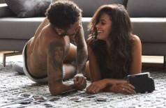 Neymar e Bruna Marquezine participam juntos de propaganda da C&A (Foto: Daniel Lima e Elvis Moreira/Divulgação)