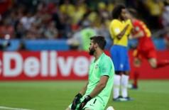 Gol contra no primeiro tempo marcou início do drama brasileiro na Copa (Foto: © Getty Images)
