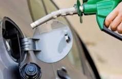 Preço médio da gasolina nas refinarias cai 1,75% neste sábado para R$ 1,9970