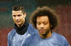 Jogador de futebol do Real Madrid treinam - Foto: TONY GENTILE / Reuters