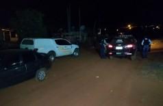 O crime ocorreu por volta das 21h de ontem (17) - (Foto: Adilson Domingos)