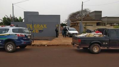 Depósito de drogas funcionava em empresa de fachada instalada no Parque Alvorada (Foto: Sidnei Bronka)