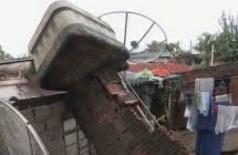 Durante chuva forte, caixa d'água desaba em cômodo e idoso morre