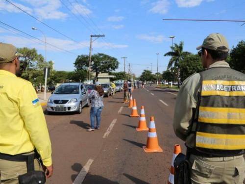 Em julho, diretor-presidente da Agetran informou dispor de apenas 15 fiscais em Dourados (Foto: A. Frota)