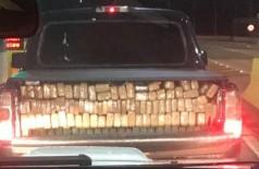 Caminhonete transportava 1 tonelada de droga (Foto: Divulgação/DOF)