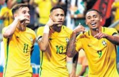 Desfalcado de Coutinho e Marcelo Brasil enfrenta o Uruguai