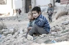 Crianças sírias perto de um abrigo para pessoas deslocadas - Foto: Al-Issa/Unicef/ONU
