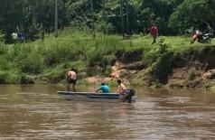 Moradores também ajudam nas buscas por Nestor (Foto: BV News)