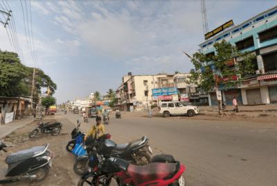 Pai indiano ateia fogo na filha por usar muito o celular - Reprodução / Google Maps