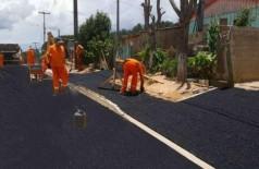 Prefeitura de município do Paraná vira meme após fazer montagem com novo asfalto - Reprodução internet