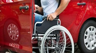 Deficientes físicos têm direito a desconto na compra do veículo e no pagamento do tributo (Foto: reprodução)