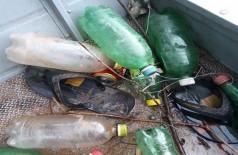 PMA surpreende infratores pescando com touca ninja e apreende barco, motor, petrechos ilegais e celular (Foto: reprodução/PMA)