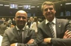 Bolsonaro formaliza Major Vitor Hugo como líder do governo na Câmara