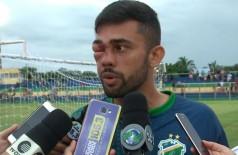 Jogador leva chute no rosto e sai desfigurado no Campeonato Piauiense (Foto: reprodução)