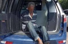 Homem foi preso em flagrante por corrupção de menores. (Foto: Divulgação/Polícia Militar)