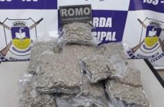 Droga apreendida com o menor - Foto: divulgação/Guarda Municipal