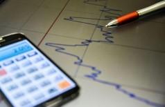 Confiança dos empresários cai 2,7 pontos de fevereiro para março