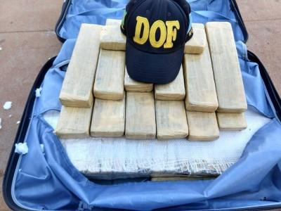 Homem é preso pelo DOF com quase 25 quilos de maconha (Foto: reprodução/DOF)