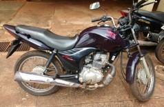 Moto recuperada pela polícia após ser levada pelos bandidos - Foto: divulgação