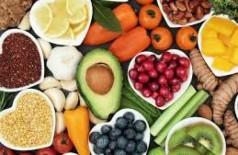 Alimentação saudável e exercício diminuem risco de demência, diz OMS