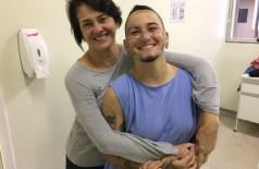 Foto: HU - Flamariom e Iza Diniz (mãe)