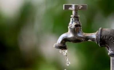 Reajuste será aplicado nas tarifas de água e esgoto (Foto: Pedro França/Agência Senado)