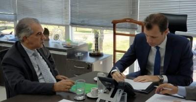 Reinaldo Azambuja e Ronei Saggioro Glanzmann (Foto: Divulgação)