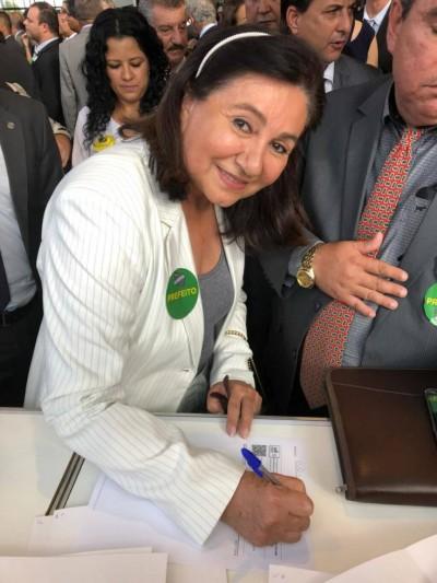 Prefeita Délia Razuk determinou exonerações e cortes para contingenciar R$ 31 milhões do orçamento (Foto: Divulgação)