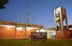 Jovem de 26 anos é preso com maconha em bairro de Dourados