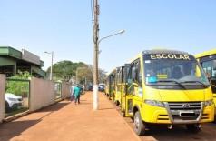 Ônibus da frota própria municipal estão parados por falta de manutenção (Foto: Divulgação)