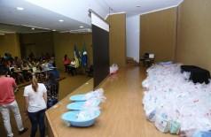 """Kit bebê foi distribuído pela Secretaria Municipal de Assistência Social às gestantes atendidas pelo projeto """"Cuidar e Gestar"""" (Foto: A. Frota)"""