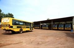 Desde que as aulas iniciaram, no dia 15, alunos estão sem transporte escolar -Foto: A. Frota