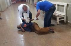 A vítima foi esfaqueada no peito, no ombro e nas costas. Foto: divulgação