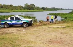 Equipes de salvamento no trecho em que a vítima foi encontrada. (Foto: Diário Corumbaense)
