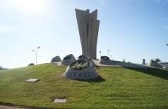 Prefeitura de Dourados anunciou escalonamento de salários (Foto: André Bento)