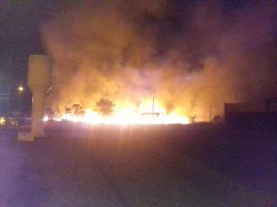 Incêndio nos arredores do Aeroporto de Dourados ocorreu em julho (Foto: 94FM/Arquivo)