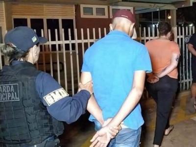 Nutricionista é presa vendendo maconha por aplicativo de celular (Foto: Adilson Domingos)