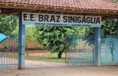 Uma das entradas da escola onde o menino estudava. (Foto: Arquivo/Jornal da Nova)