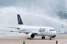A chilena Sky Airline, segunda a ser autorizada a voar no país, faz desde novembro de 2018 voos ligando o Brasil ao Chile (Foto: Divulgação Ministério dos Transportes)
